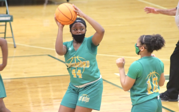 Freshman C'Niya Hinson (44) had 11 points in Tuesday's win over Pinecrest.