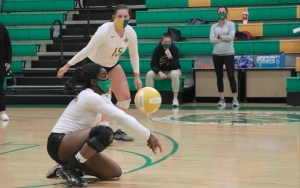 Junior Allyiah Swiney records one of her 11 digs in Richmond's loss to Pinecrest Tuesday.