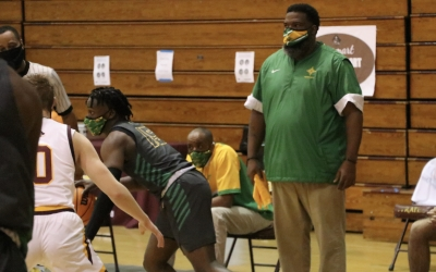 Varsity boys' basketball team to follow 10-day quarantine