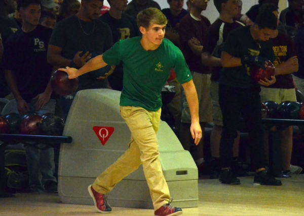 Raiders' Bowling Teams Roll Over Hoke and Purnell Swett; Earn SAC Wins
