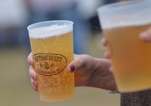 Nearly a thousand people sampled craft beer and chicken wings during the fifth annual Hoptoberfest on Saturday. See more photos on the RO's Facebook page.