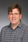 Dr. Kevin Freeman wins UNC System Award for Teaching Excellence