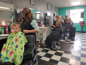 Senate leader calls on governor to allow counties to reopen salons, barber shops