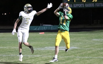 JV Raiders' 4th-quarter comeback falls short against Pinecrest