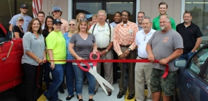 Cindy's Cafe Cuts Ribbon in Ellerbe