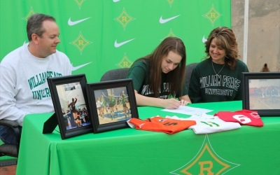 SIGNED: Anderson inks commitment letter to William Peace volleyball