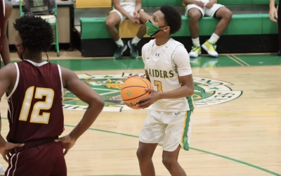 Drake's free throws secure win in thriller against Lumberton