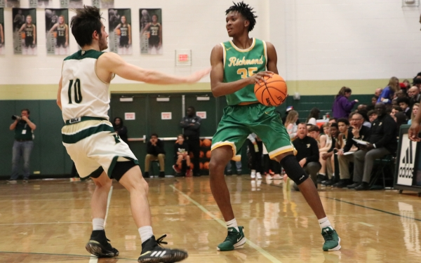 Senior Jarvis Tillman (35) scored 17 points and recorded 12 boards in Tuesday's loss to Pinecrest.