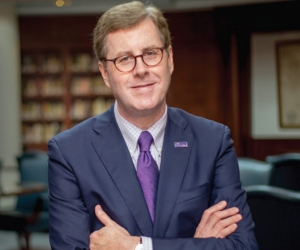 ECU movers and shakers offer support to embattled chancellor