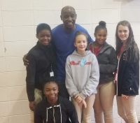 Hamlet Middle School students pose with Super Bowl champion and Richmond County native Perry Williams during RamFest 2017.